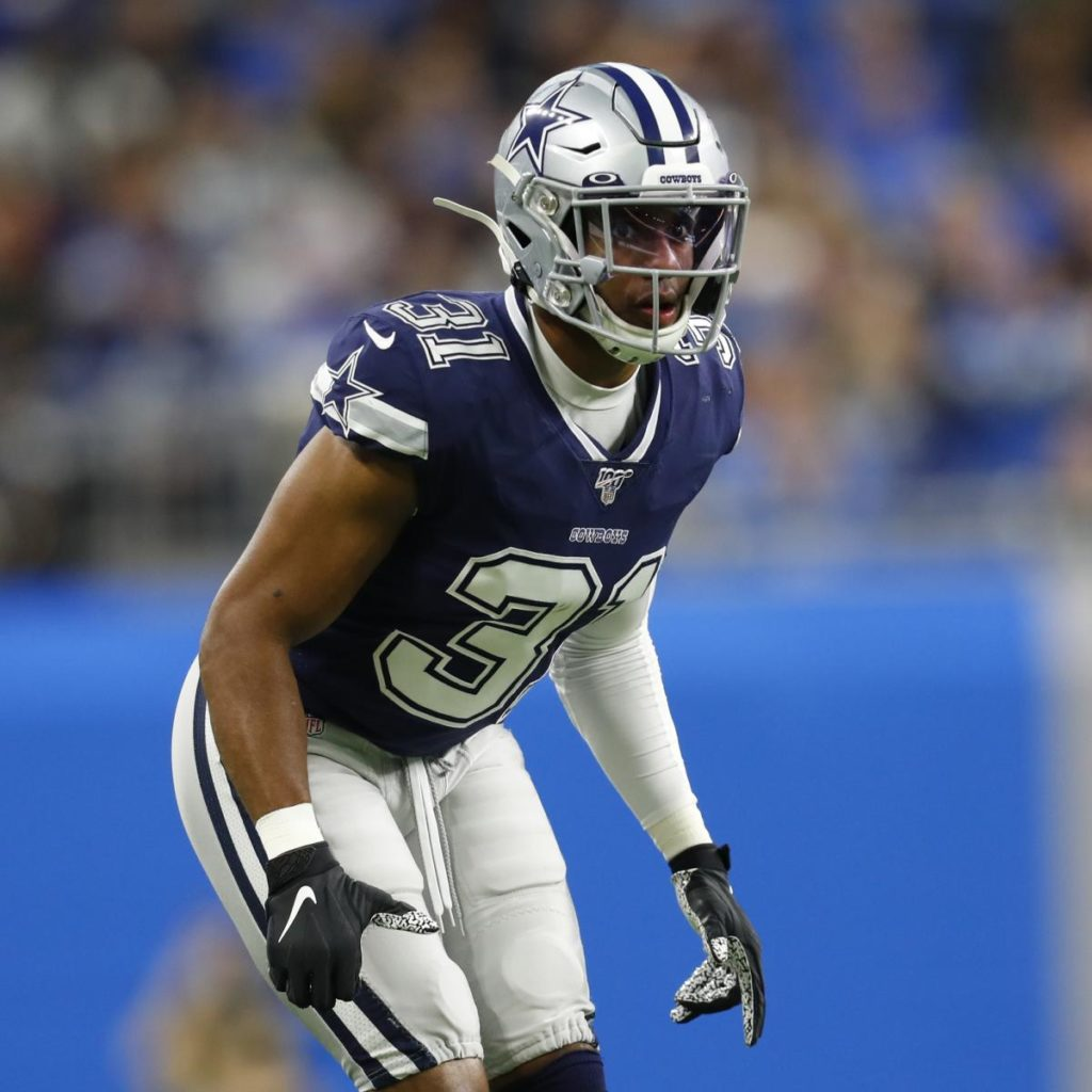 Report: Dolphins' Byron Jones Suggested NFL Players Tweet COVID-19 Concerns